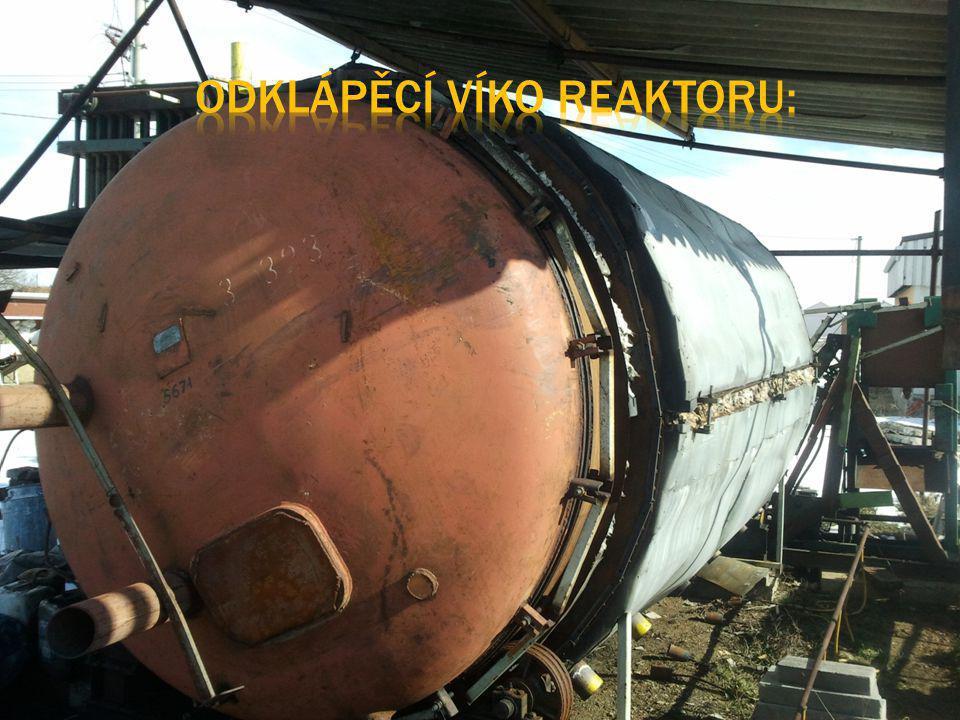 Odklápěcí víko reaktoru: