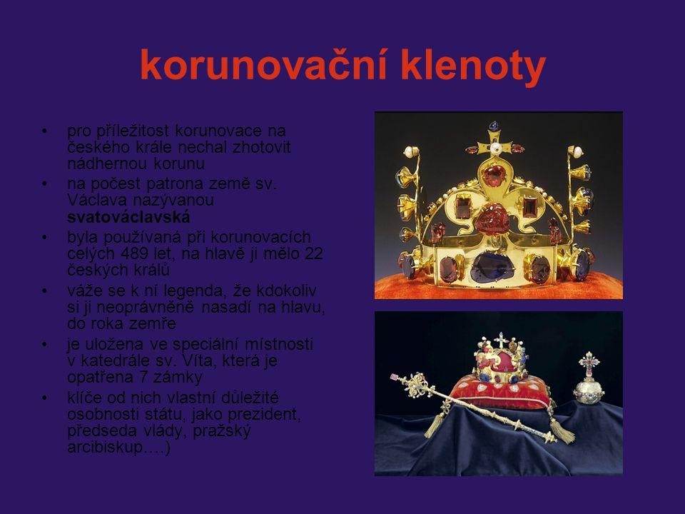 korunovační klenoty pro příležitost korunovace na českého krále nechal zhotovit nádhernou korunu.