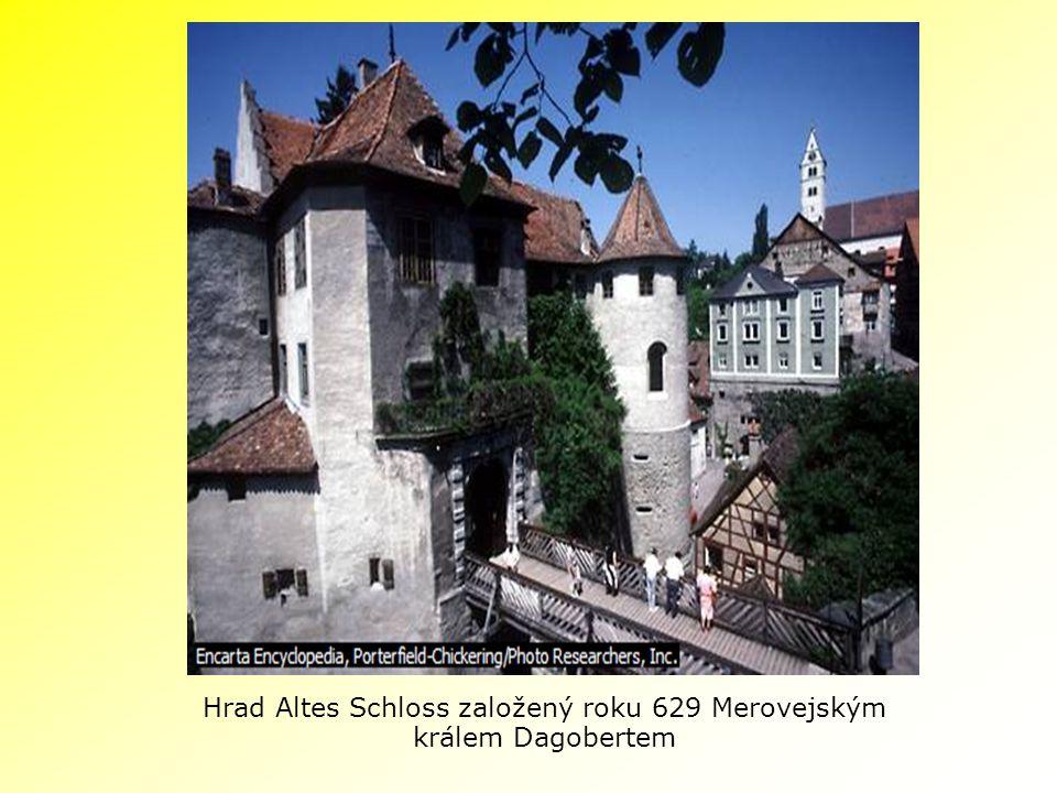 Hrad Altes Schloss založený roku 629 Merovejským králem Dagobertem