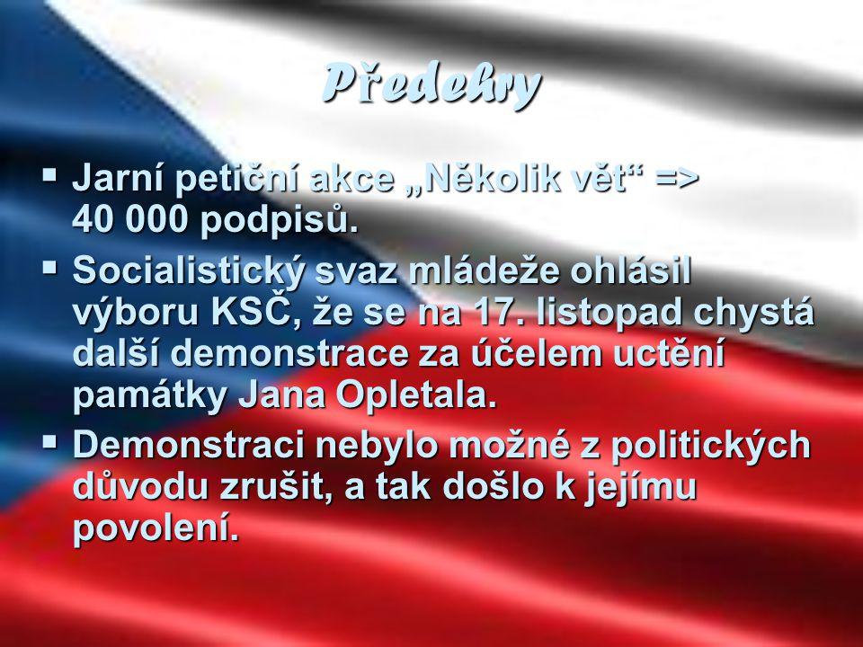 """Předehry Jarní petiční akce """"Několik vět => 40 000 podpisů."""