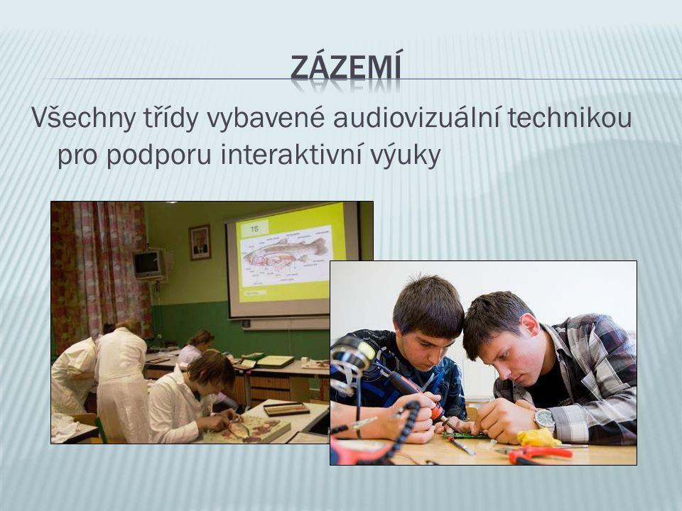 Zázemí Všechny třídy vybavené audiovizuální technikou pro podporu interaktivní výuky