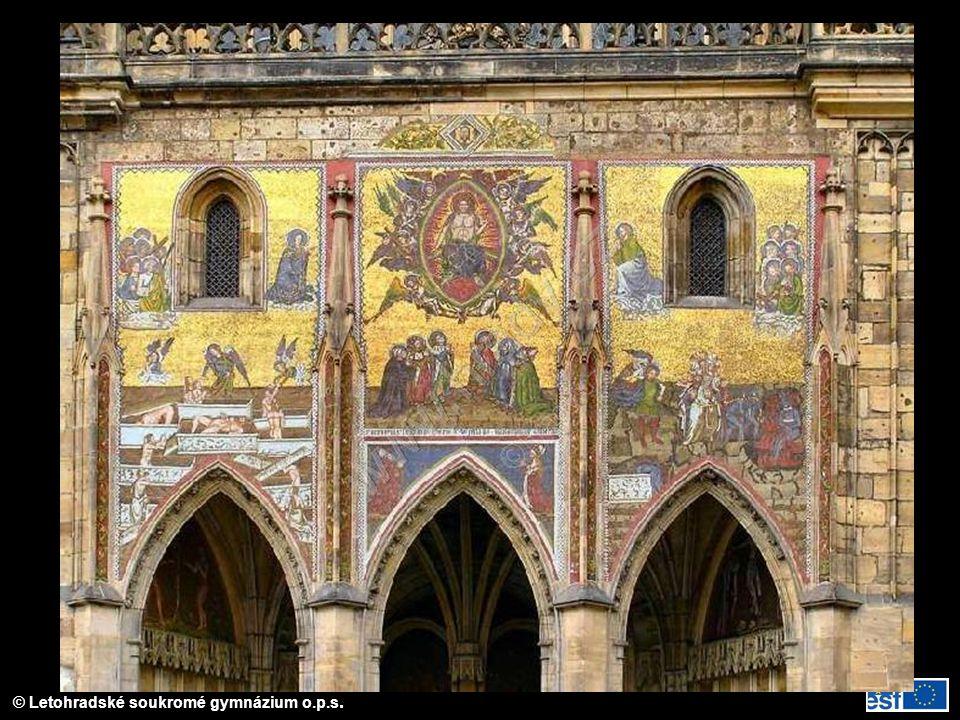 Mozaika s motivem posledního soudu; okénka do korunovační místnosti