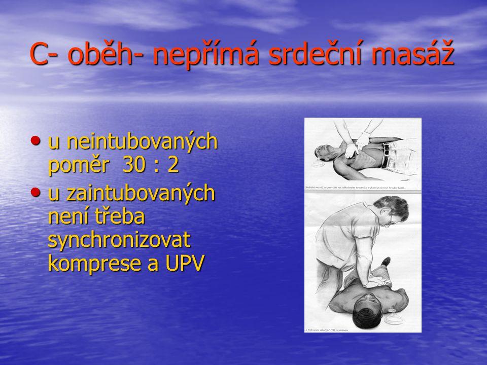 C- oběh- nepřímá srdeční masáž