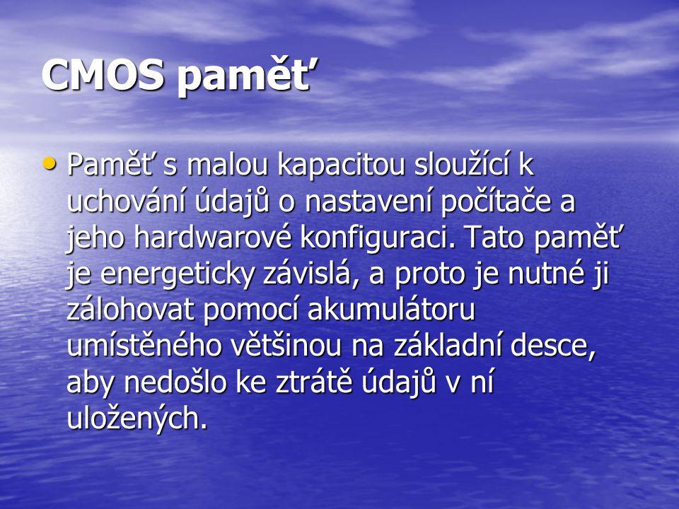 CMOS paměť