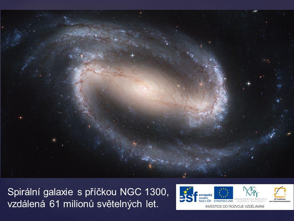 Spirální galaxie s příčkou NGC 1300, vzdálená 61 milionů světelných let.