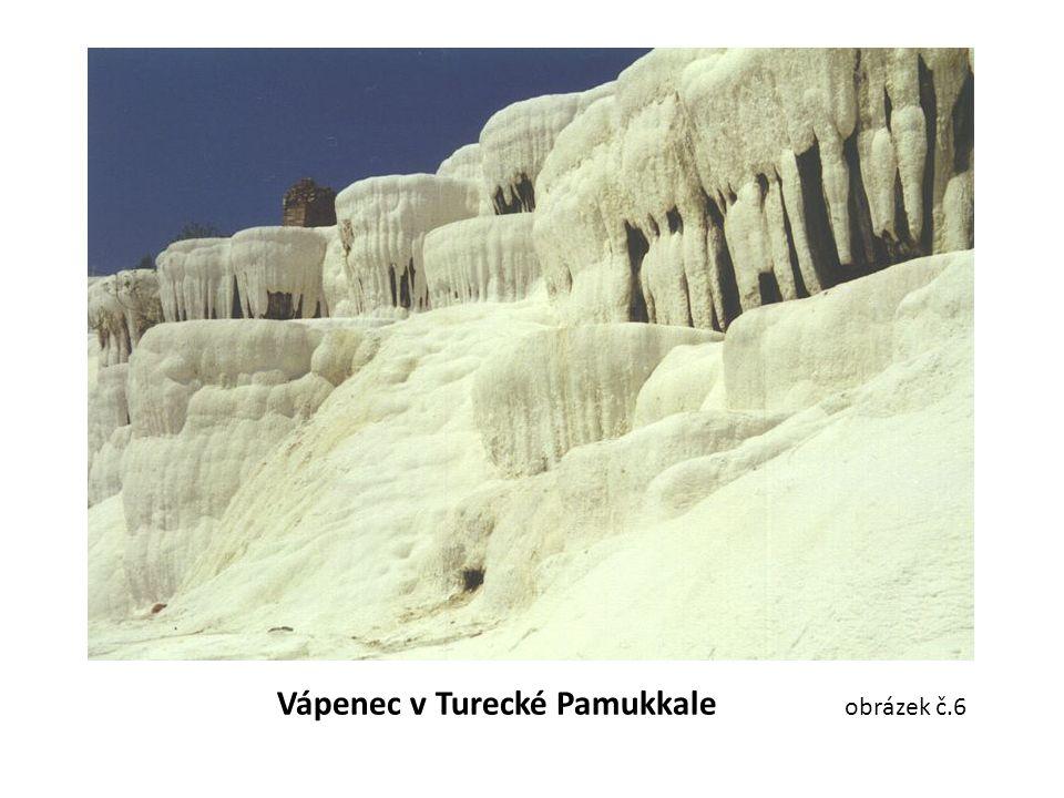 Vápenec v Turecké Pamukkale obrázek č.6
