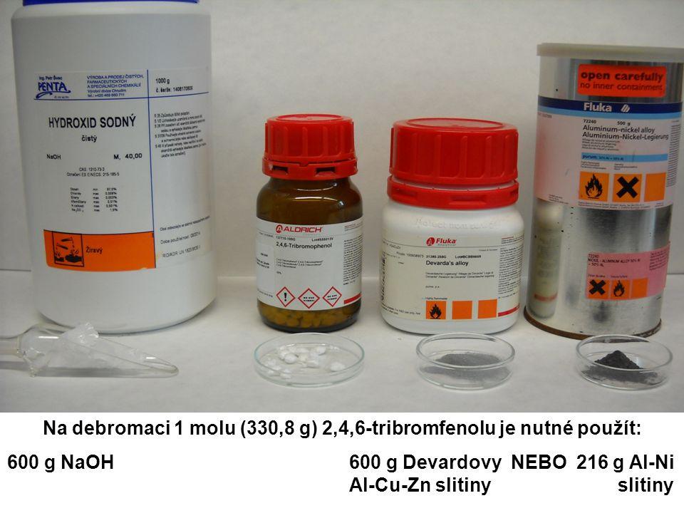 Na debromaci 1 molu (330,8 g) 2,4,6-tribromfenolu je nutné použít: