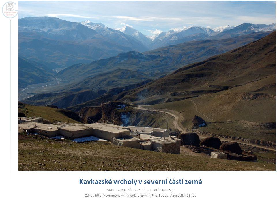 Kavkazské vrcholy v severní části země