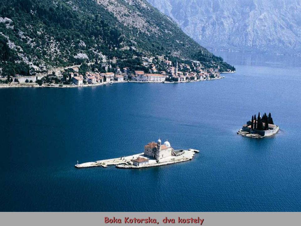 Boka Kotorska, dva kostely