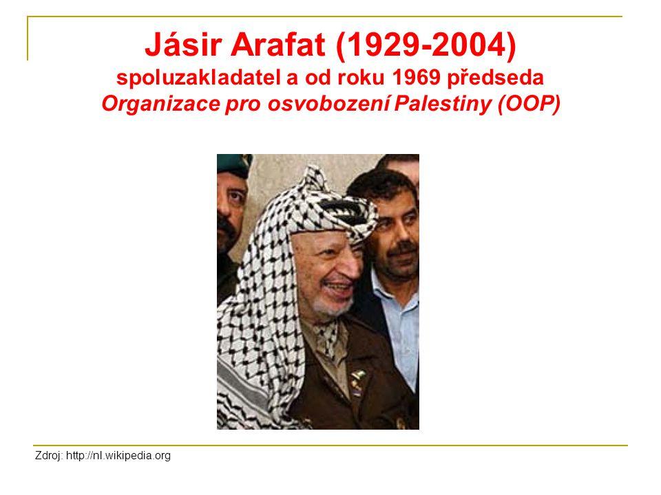 Jásir Arafat (1929-2004) spoluzakladatel a od roku 1969 předseda Organizace pro osvobození Palestiny (OOP)
