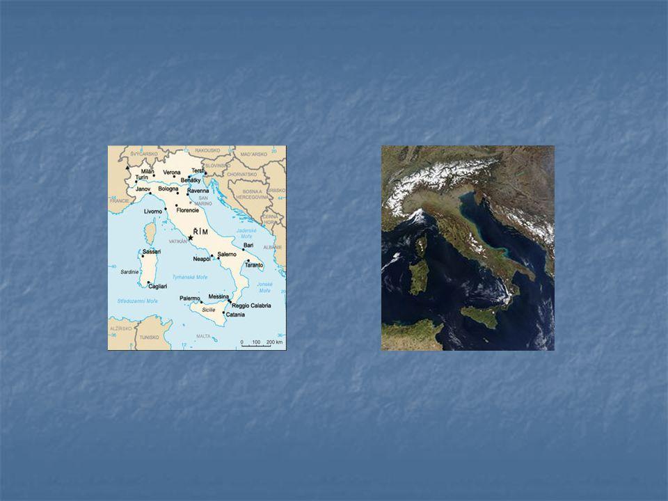 Území Apeninského poloostrova a přilehlých ostrovů, vpravo snímek ze satelitu