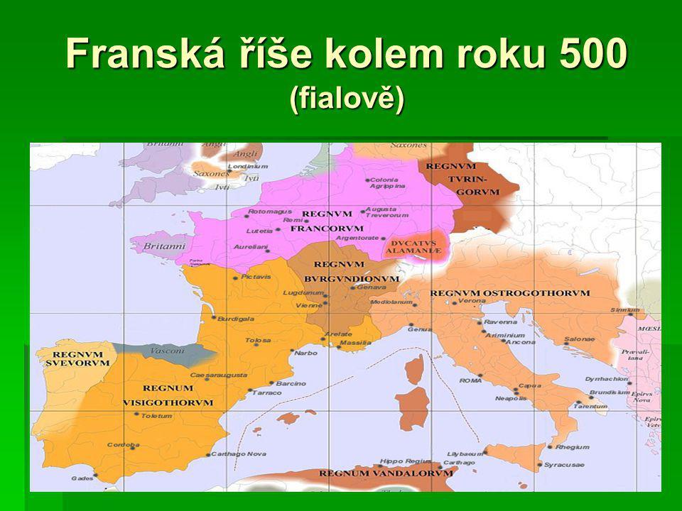 Franská říše kolem roku 500 (fialově)
