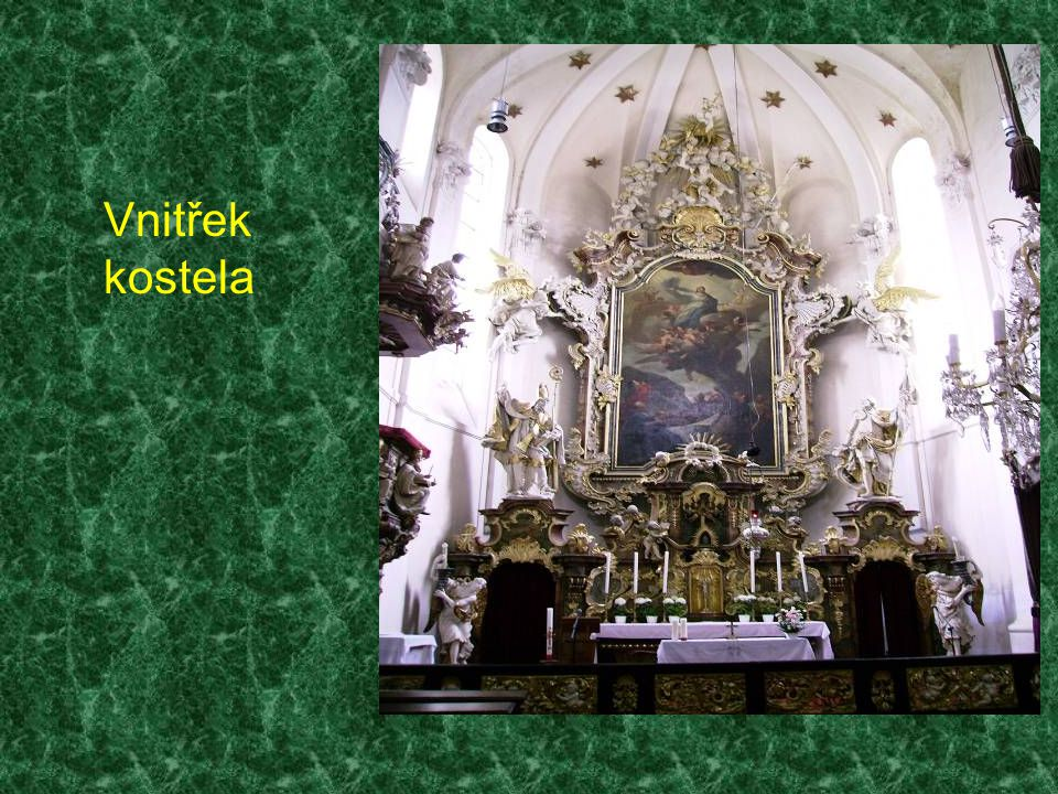 Vnitřek kostela