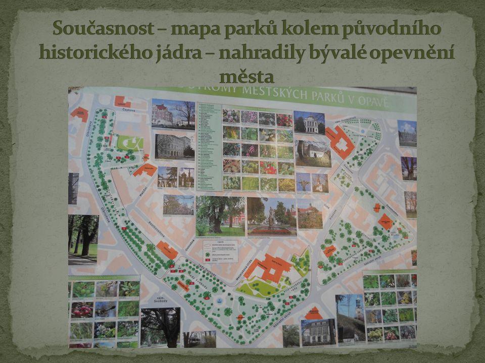 Současnost – mapa parků kolem původního historického jádra – nahradily bývalé opevnění města