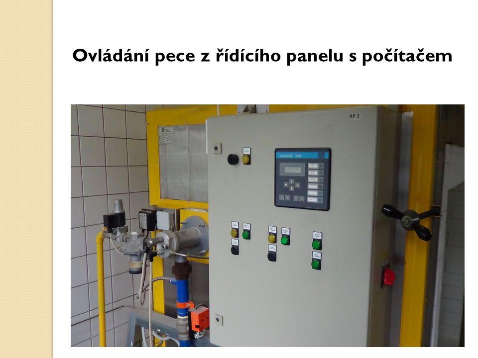 Ovládání pece z řídícího panelu s počítačem