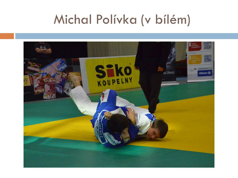Michal Polívka (v bílém)