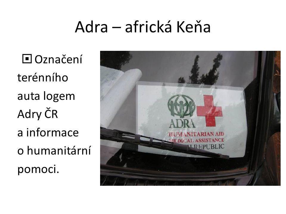 Adra – africká Keňa Označení terénního auta logem Adry ČR a informace