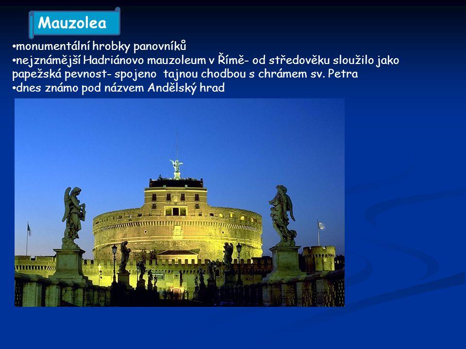 Mauzolea monumentální hrobky panovníků