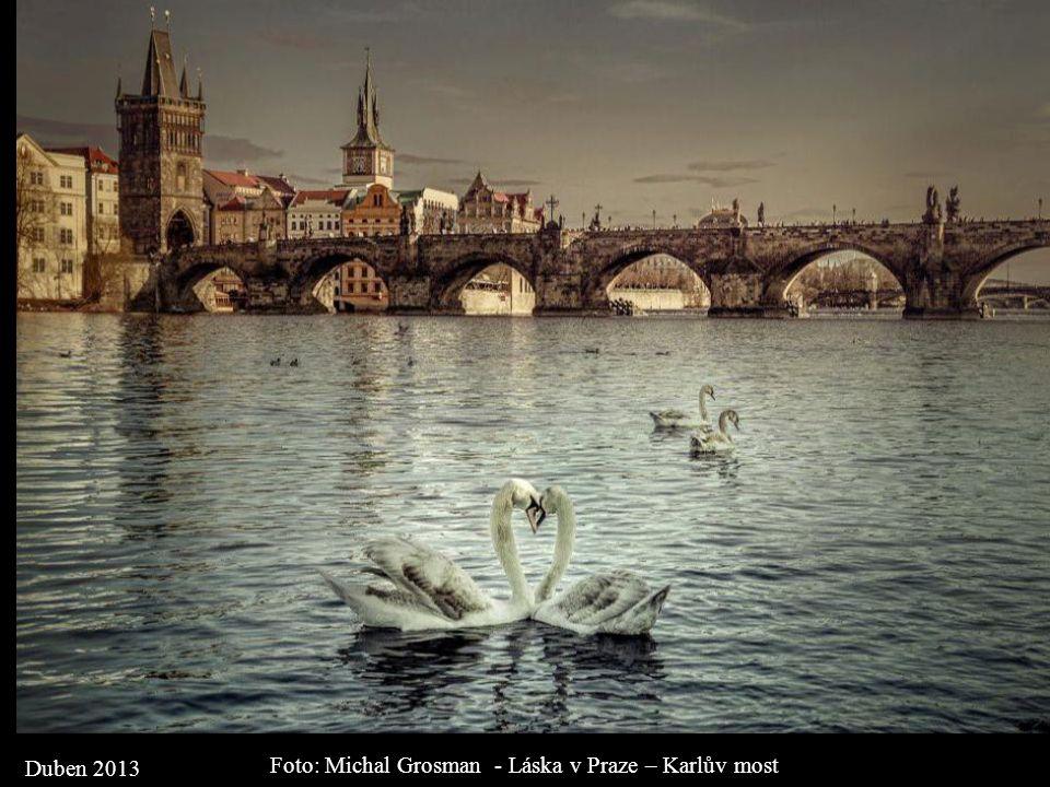 Foto: Michal Grosman - Láska v Praze – Karlův most
