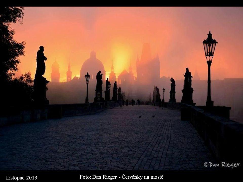 Foto: Dan Rieger - Červánky na mostě
