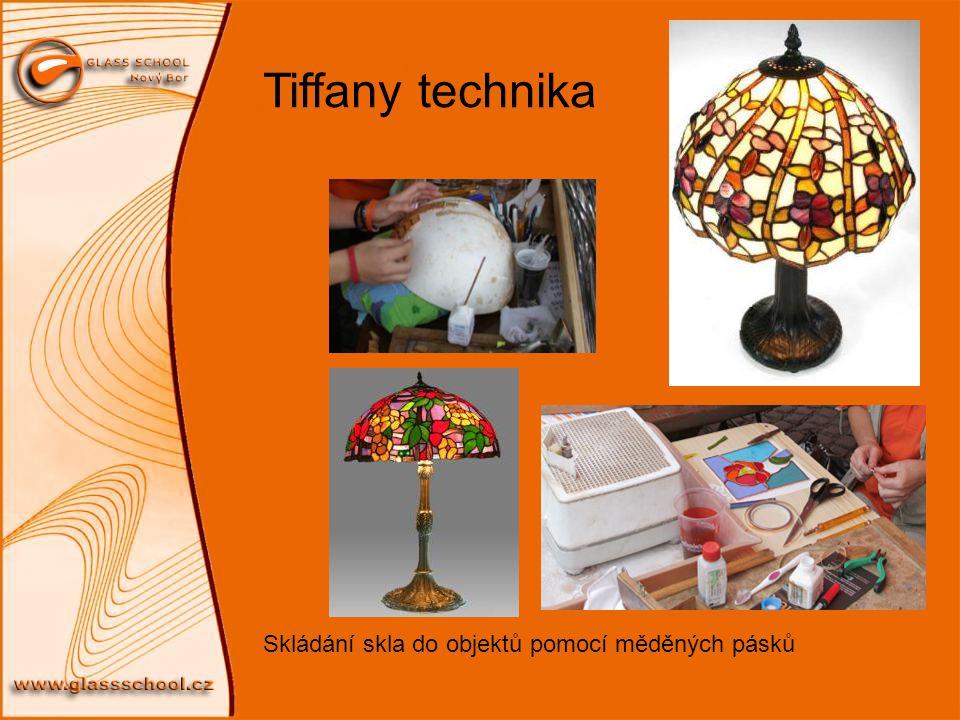Tiffany technika Skládání skla do objektů pomocí měděných pásků