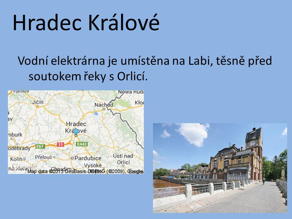 Hradec Králové Vodní elektrárna je umístěna na Labi, těsně před soutokem řeky s Orlicí.