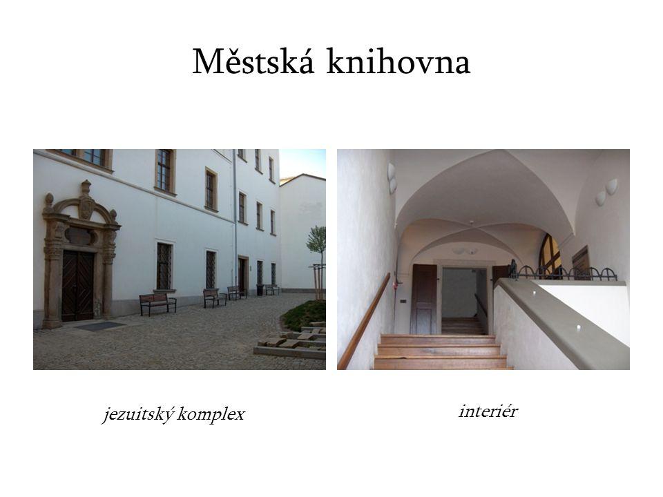 Městská knihovna jezuitský komplex interiér