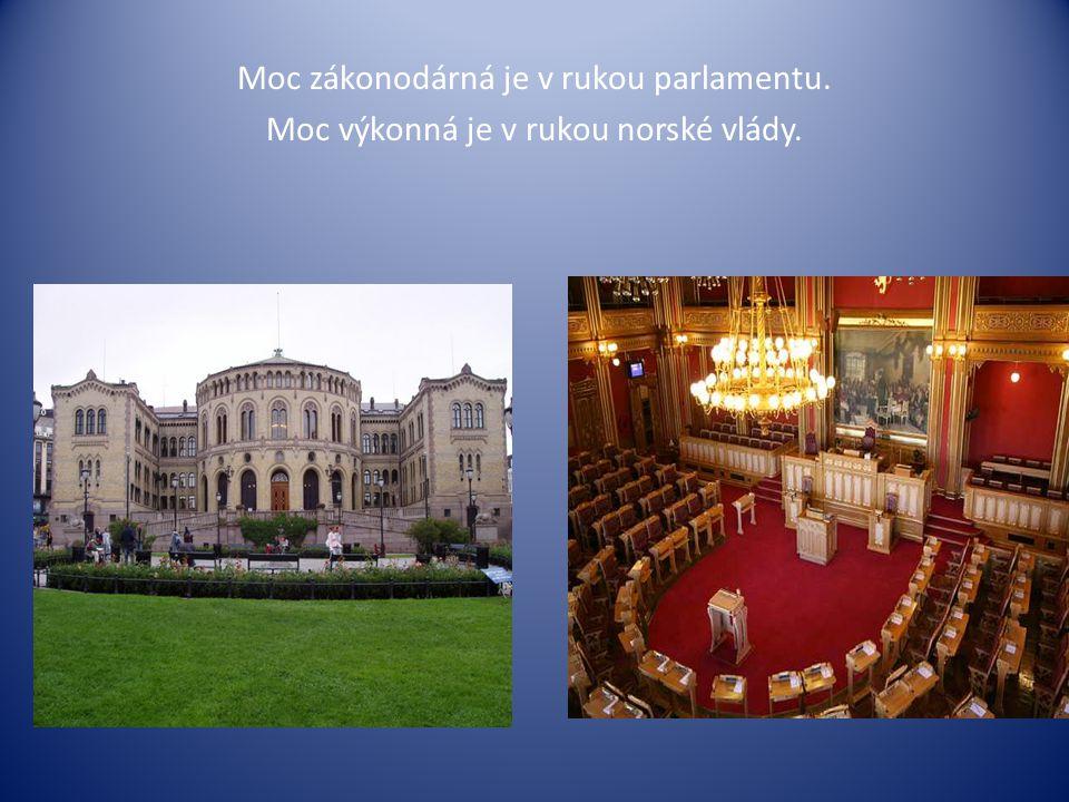 Moc zákonodárná je v rukou parlamentu.