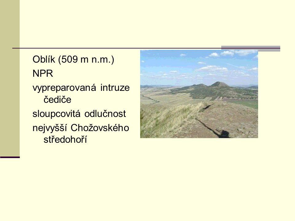 Oblík (509 m n.m.) NPR. vypreparovaná intruze čediče.