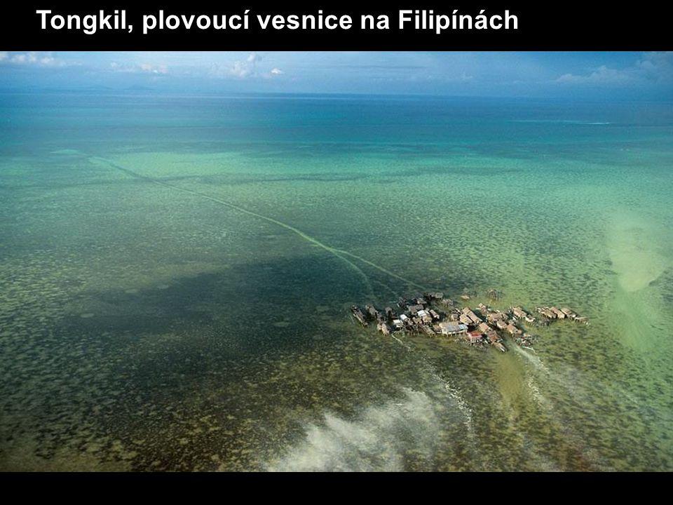 Tongkil, plovoucí vesnice na Filipínách