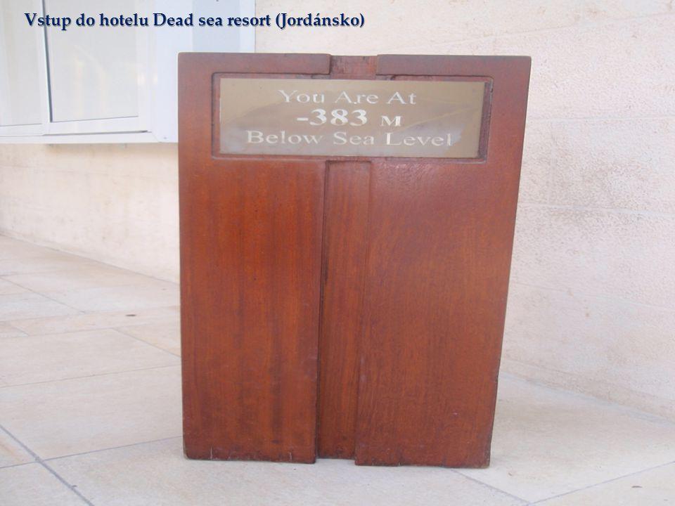 Vstup do hotelu Dead sea resort (Jordánsko)