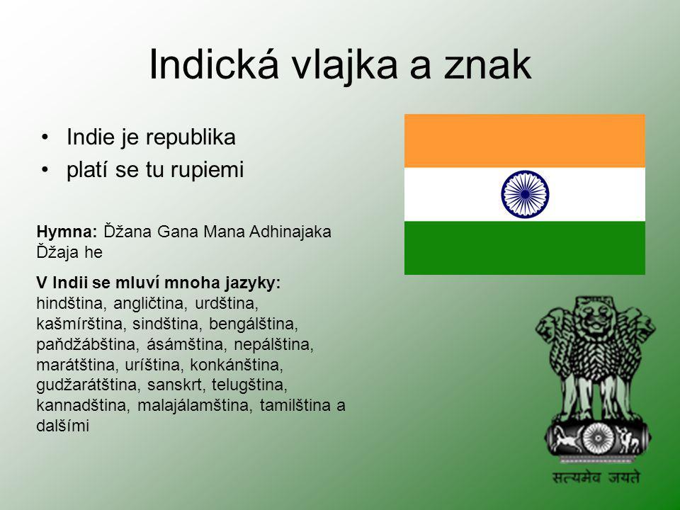 Indická vlajka a znak Indie je republika platí se tu rupiemi