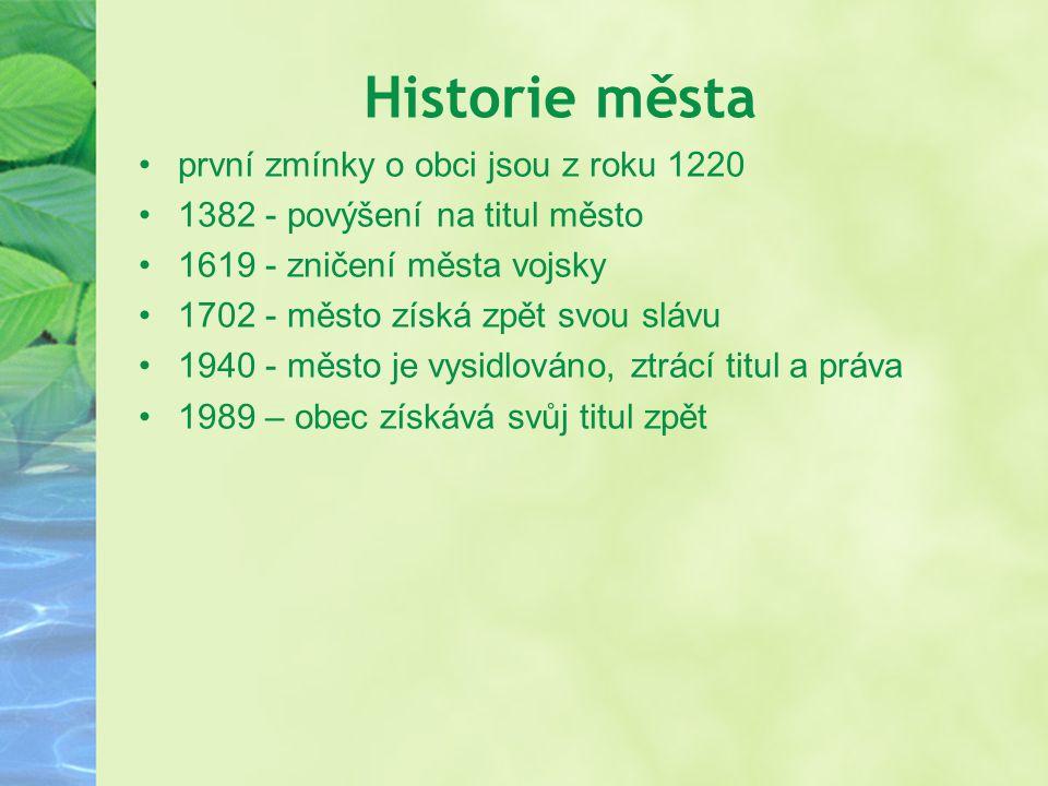 Historie města první zmínky o obci jsou z roku 1220