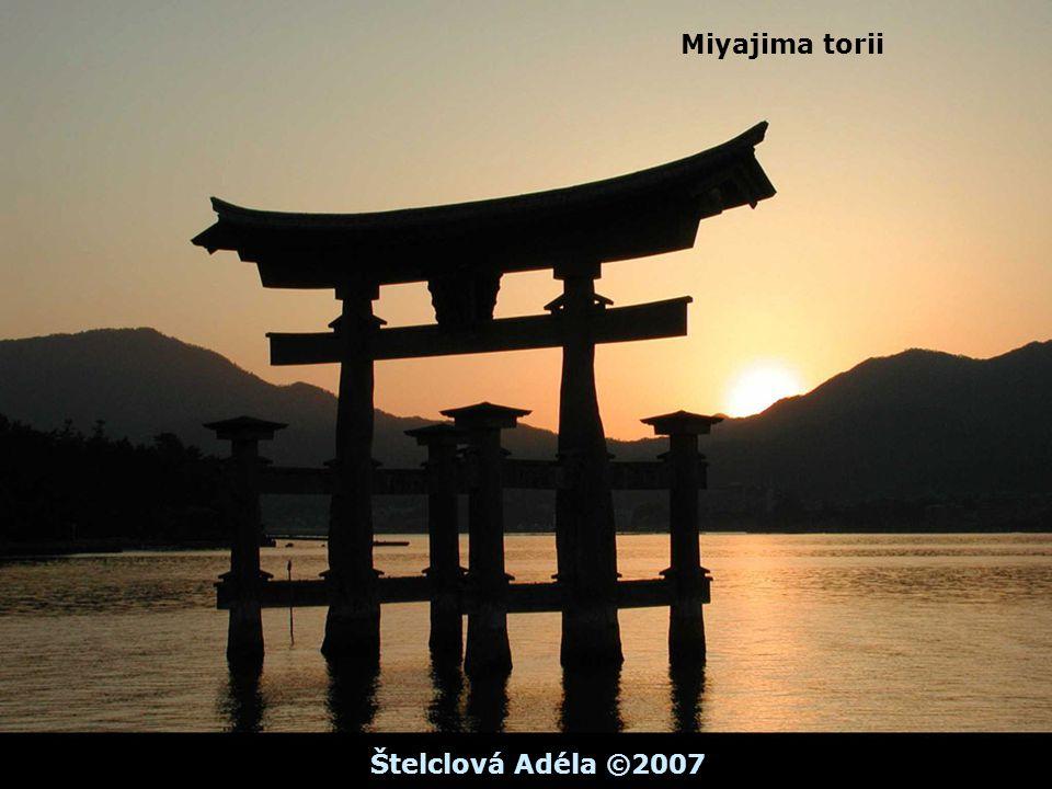 Miyajima torii Štelclová Adéla ©2007