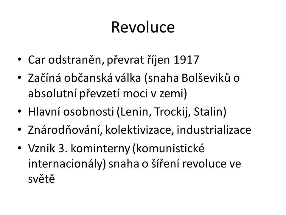 Revoluce Car odstraněn, převrat říjen 1917