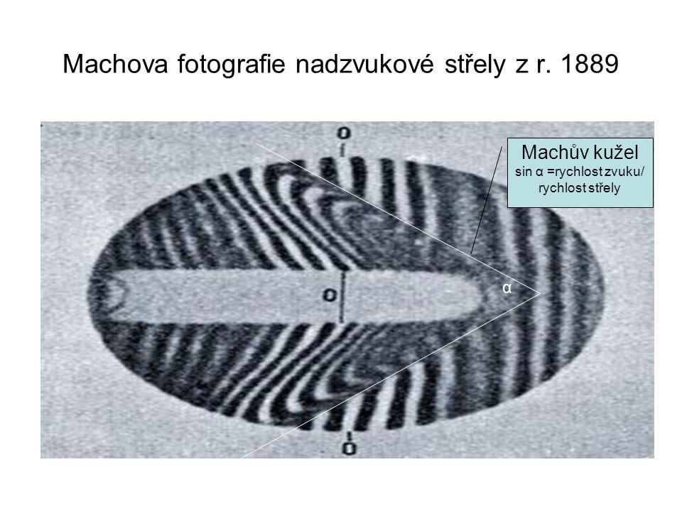 Machova fotografie nadzvukové střely z r. 1889