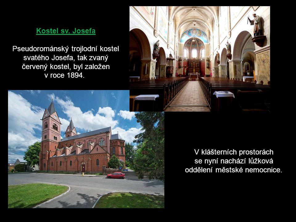 V klášterních prostorách