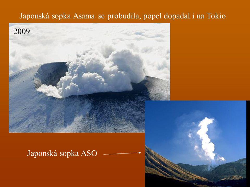 Japonská sopka Asama se probudila, popel dopadal i na Tokio