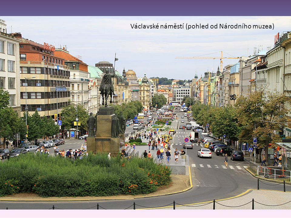 Václavské náměstí (pohled od Národního muzea)