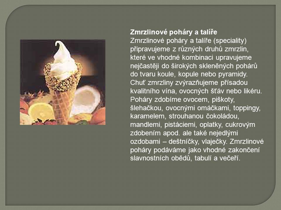 Zmrzlinové poháry a talíře