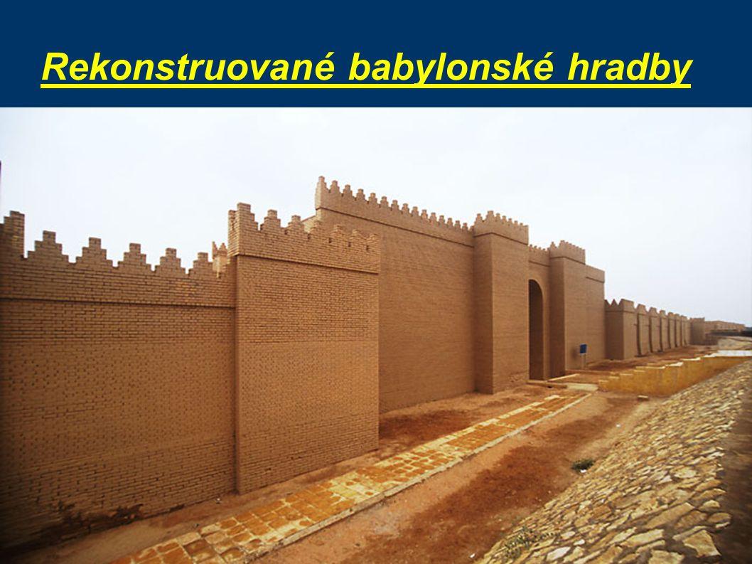 Rekonstruované babylonské hradby