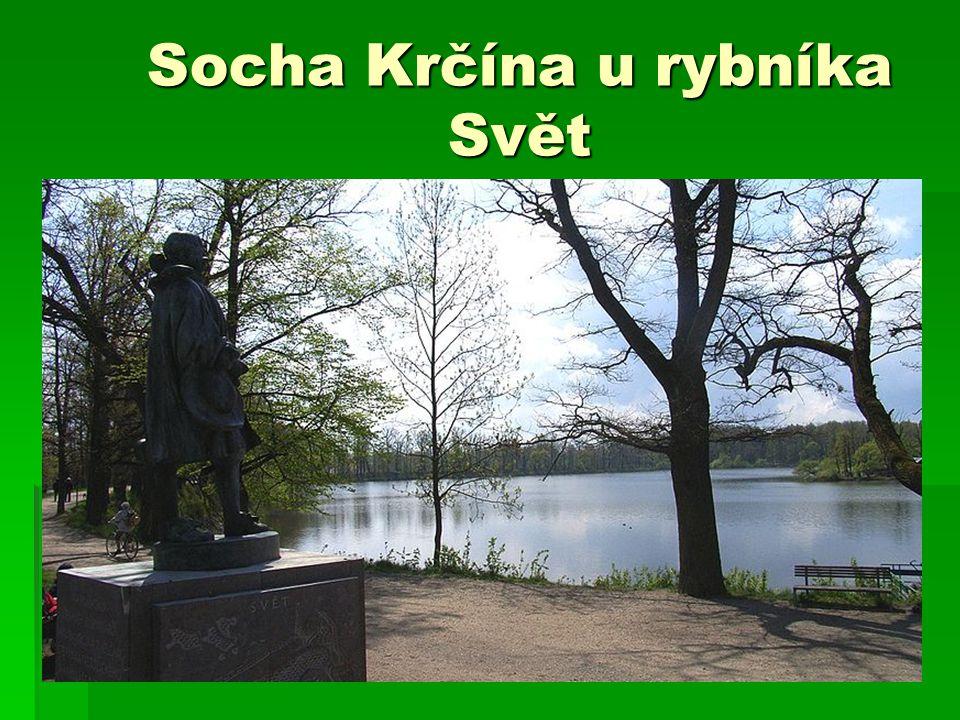 Socha Krčína u rybníka Svět