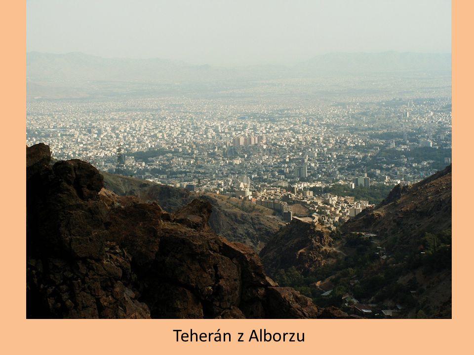 Teherán z Alborzu