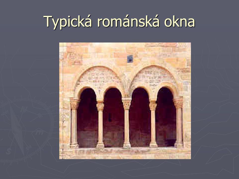 Typická románská okna