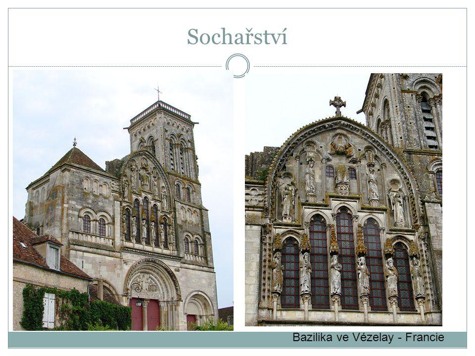 Sochařství Bazilika ve Vézelay - Francie