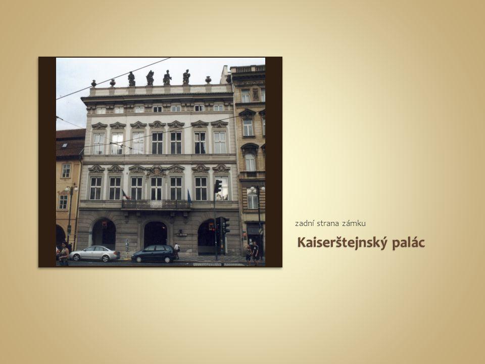 zadní strana zámku Kaiserštejnský palác