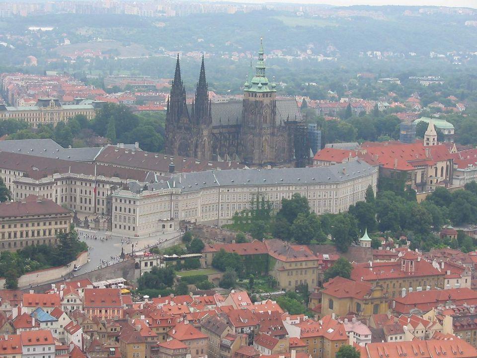 Gotické památky v českých zemích – ukázky: Pohled na Pražský hrad