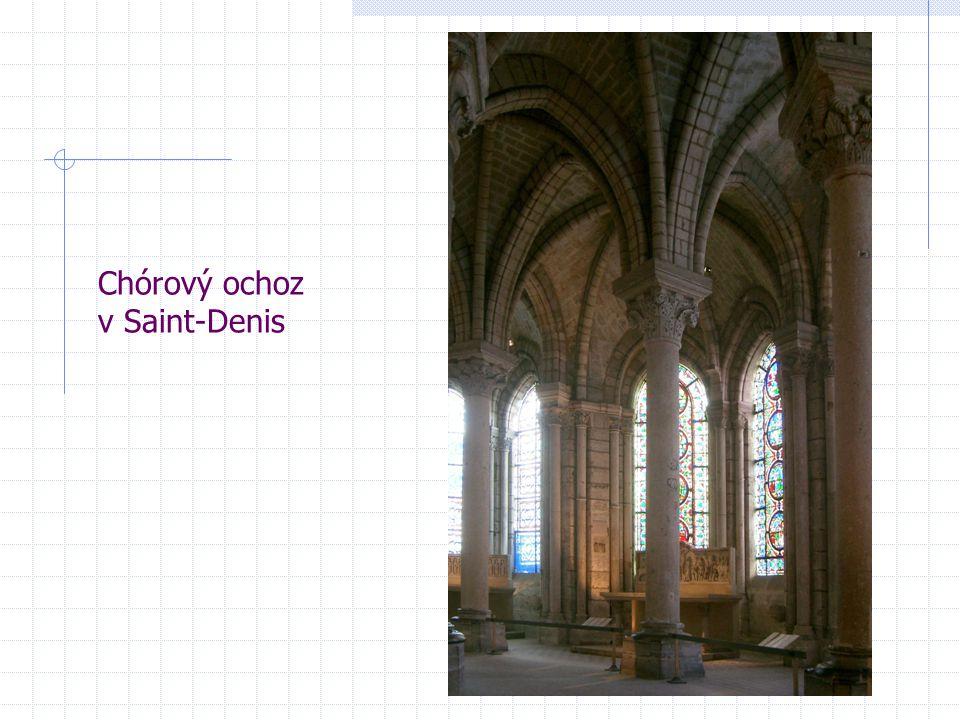 Chórový ochoz v Saint-Denis