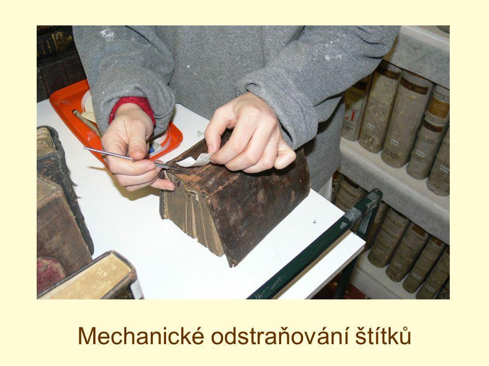 Mechanické odstraňování štítků