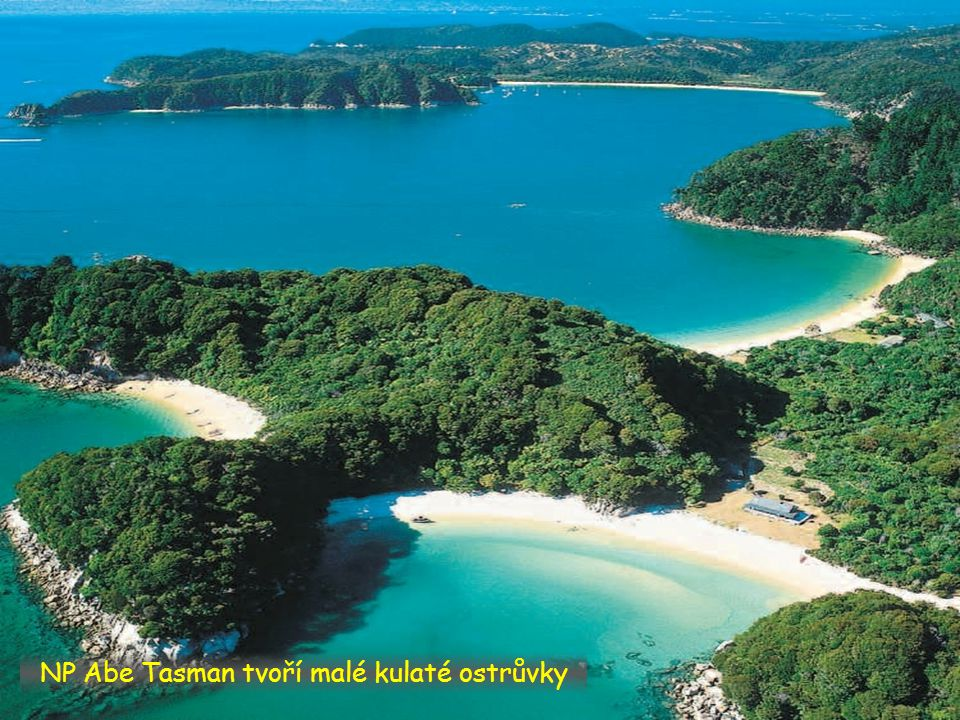 NP Abe Tasman tvoří malé kulaté ostrůvky